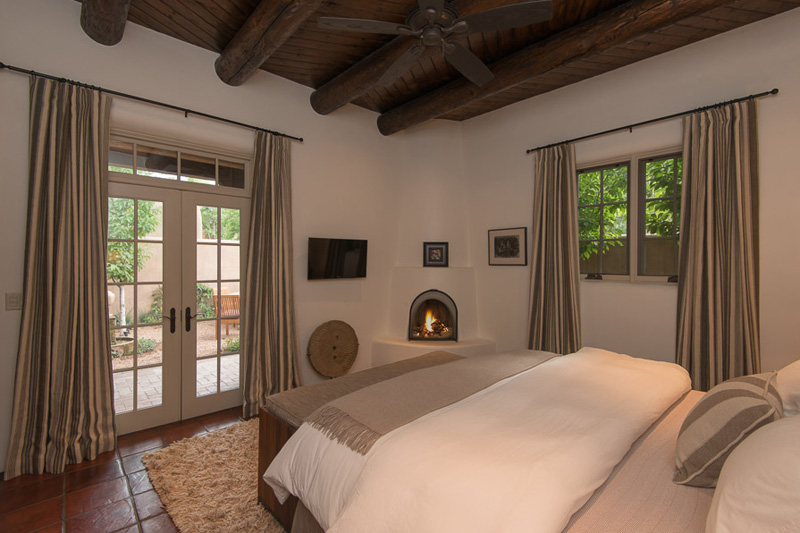 What is a kiva fireplace adobe oasis for Kiva style fireplace