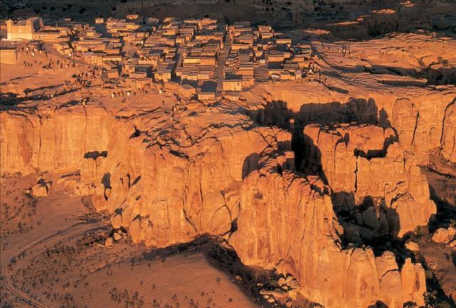 Acoma Pueblo, (COURTESY OF KEVIN FLEMMING)